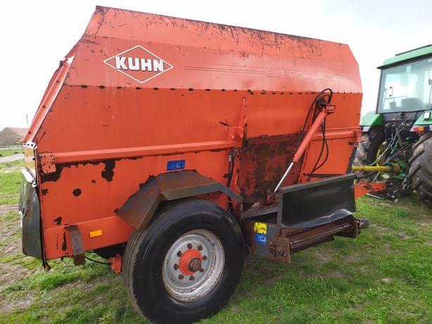 paszowóz  wóz paszowy poziomy Kuhn EUROMIX II 1060