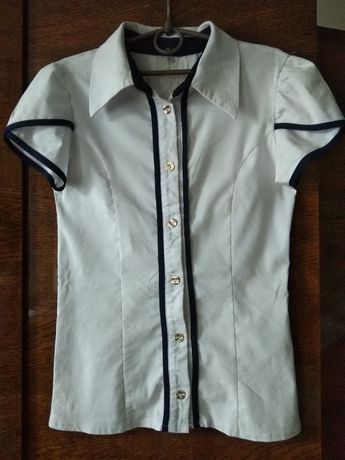 Блузка стрейчевая 42 размер