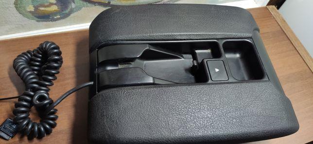 Подлокотник на Бмв BMW Е39, Е38