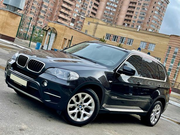 BMW X5 Official 2011