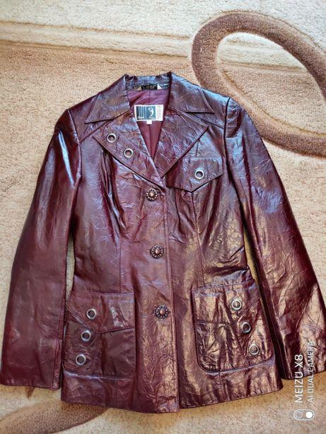 Куртка женская, натуральная кожа, 42р. новая