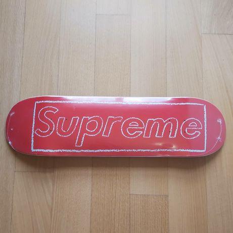 Supreme kaws chalk logo skate