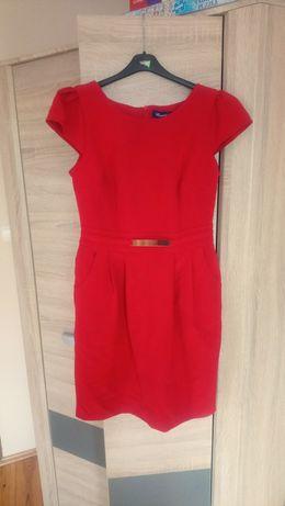 Czerwona sukienka z krótkim rękawem rozmiar 40