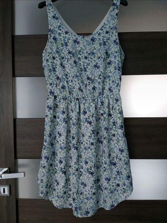 Sukienka letnia w kwiaty Sinsay