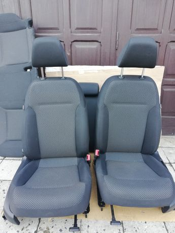 Fotele kanapa kpl VW JETTA 5C, rok 2012 stan bdb
