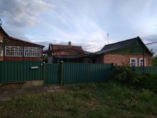 Продаётся Два Дома в Одном Дворе