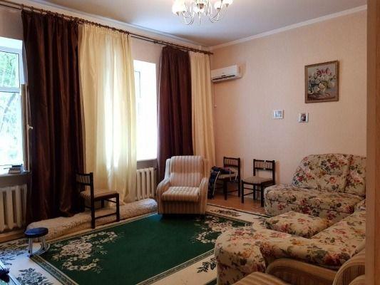 Продам 3-комнатная Сталинка, ул Богдана Хмельницкого