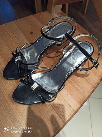 Sandałki damskie czarne