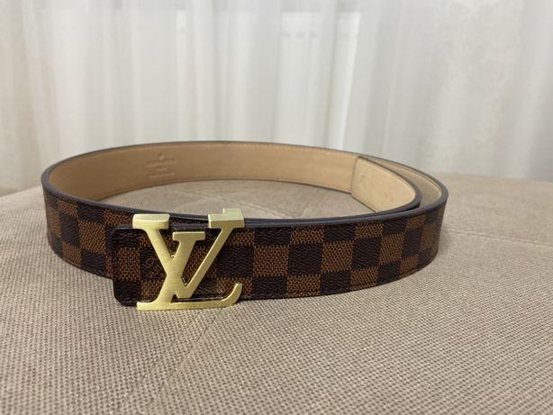 Жіночий пояс Louis Vuitton
