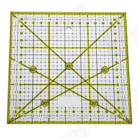 Linijka krawiecka kwadratowa 15 x 15 cm