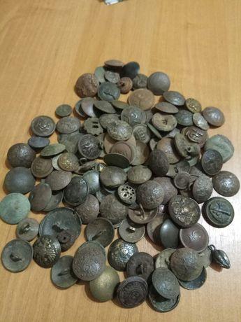 Коллекция старинных пуговиц.