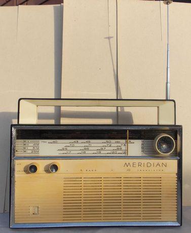"""Радиоприемники.""""Меридиан"""" и """"Вега рп 241-1"""""""
