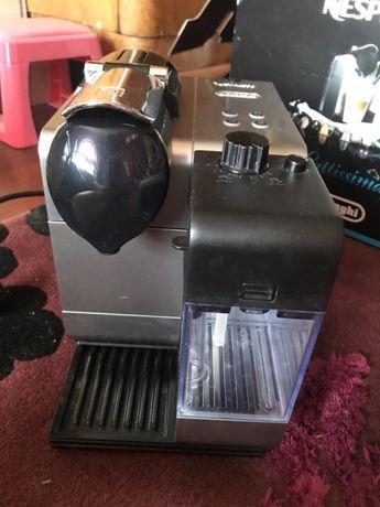 Ekspres Nespresso delonghi lattisima+