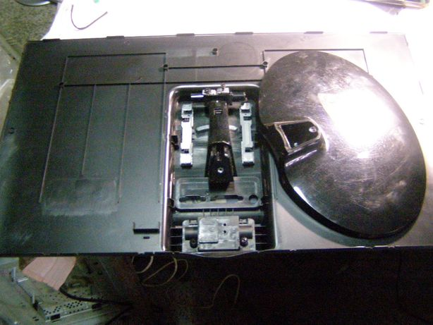 LG 23EA63T-P-корпус и шлейф