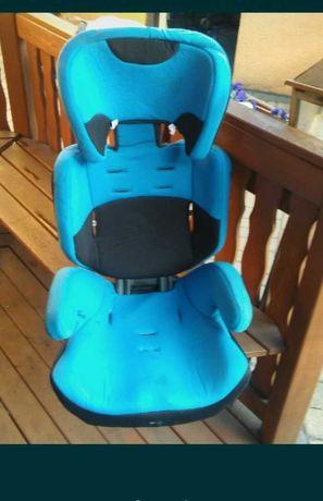 Fotelik samochodowy błękitny