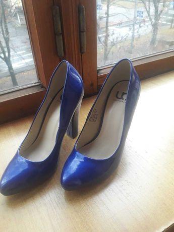 Продам женские туфли , балетки . Дешево!