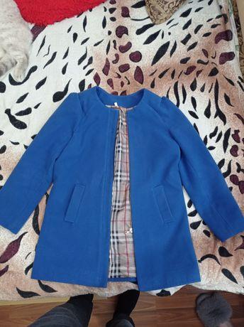 Продам пальто весна-осінь