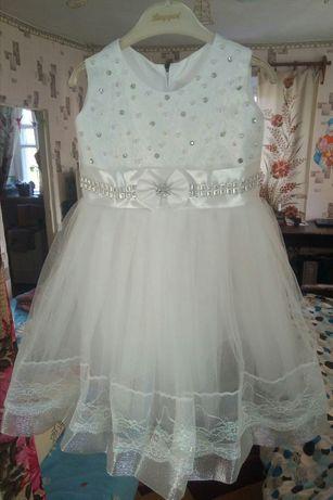 Платье для девочки 3-х лет