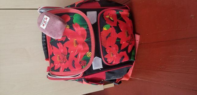 Продам рюкзак для школярки