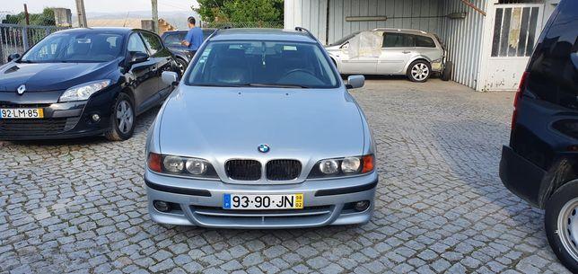 BMW 520i touring com motor 2.5