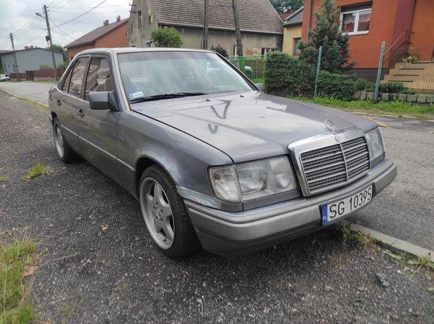 Mercedes W124 Baleron 200d dwa komplety kół
