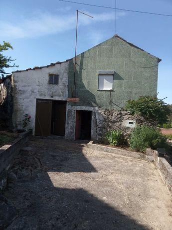 Casa rústica + Anexo, Ariz - Moimenta da Beira