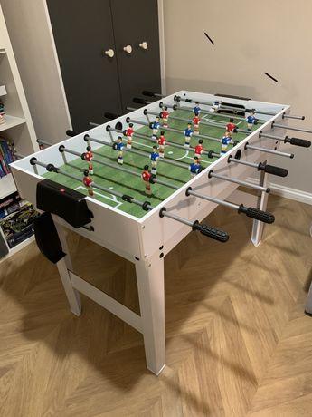 Stół do gry, piłkarzyki, ping pong, bilard itp.