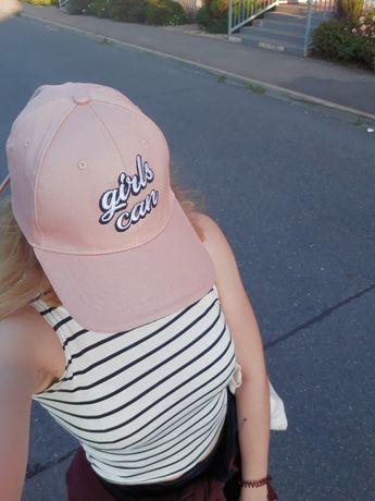 Розовая кепка Girls Can!! Sinsay