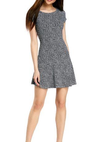 Женское летнее платье Oodji р42