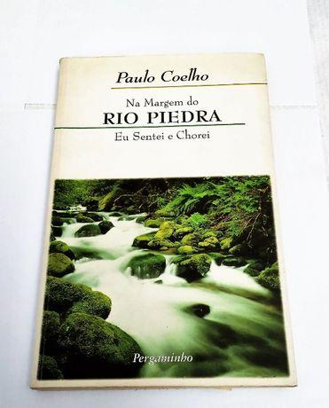 «Na Margem do Rio Piedra Eu Sentei e Chorei » de Paulo Coelho
