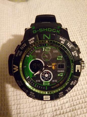 Часы Casio G- CHOCK Водонепроницаемые.