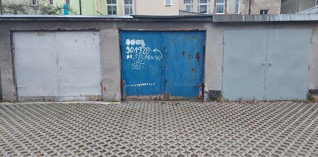 Sprzedam garaż (cesja) z kanałem /Piotra Skargi