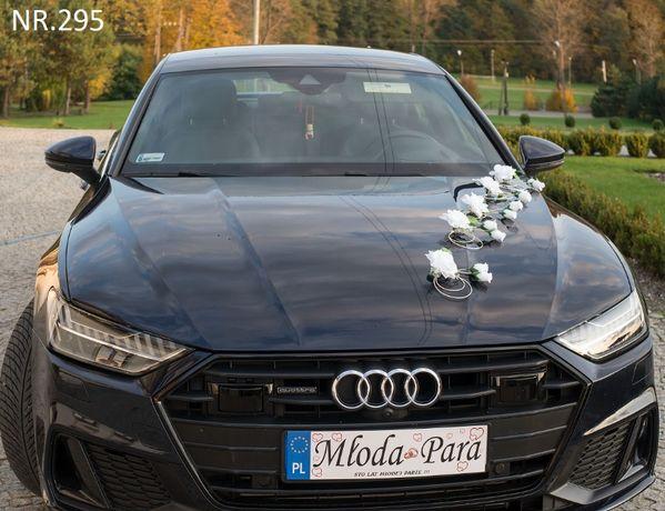 Delikatna dekoracja na samochód-ozdoba na auto-stroik-przybranie auta
