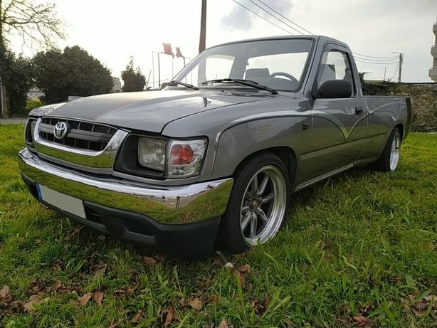 Toyota Hilux stance pick up