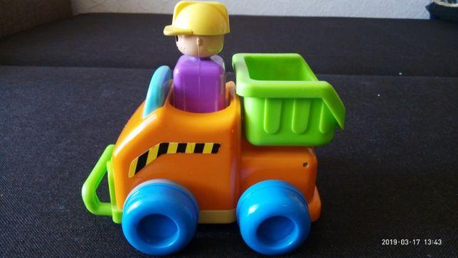 Инерционная машинка-грузовик Tomy