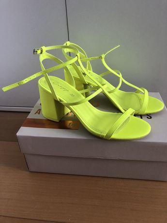 Nowe buty sandały na obcasie cropp neonowe seledyn 38