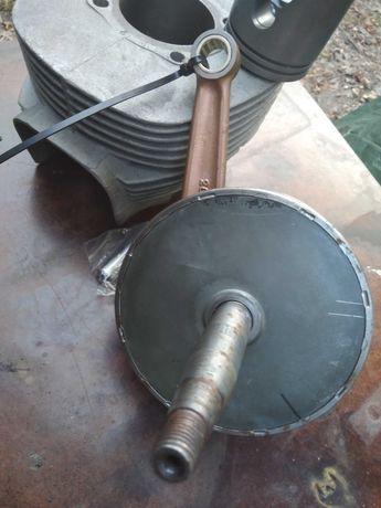 Shl m11 cylinder wał korbowy silnika możliwa zamiana na traktorek