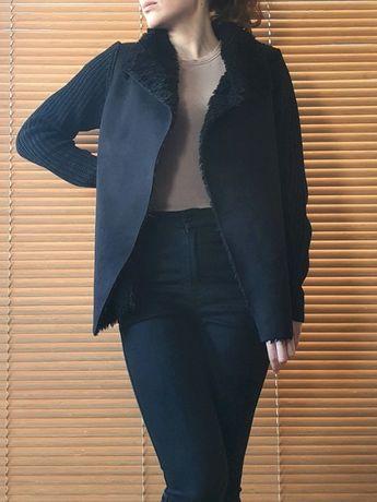 Czarny sweter z elementem kożucha New Look S