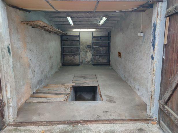 Garaż Nowe Zatorze murowany kanał