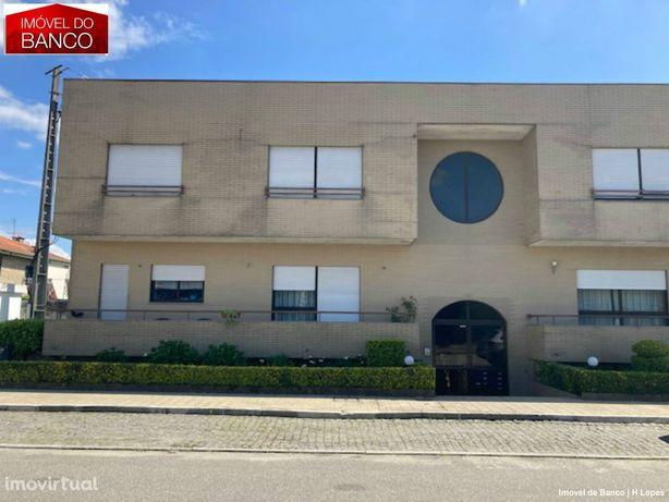 Imóvel de Banco T 2 Campo Valongo| GARAGEM FECHADA| NEW