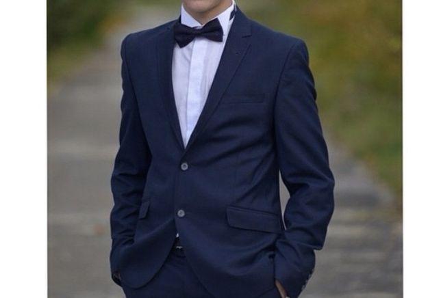 Класичний костюм смокінг випускний