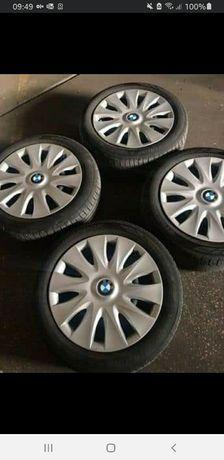Jantes  BMW 16 com pneus Hankook 195/55R16 e tampões Bmw originais