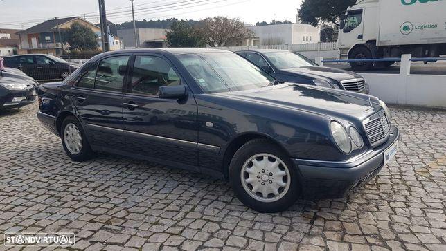 Mercedes-Benz E 240 Classic