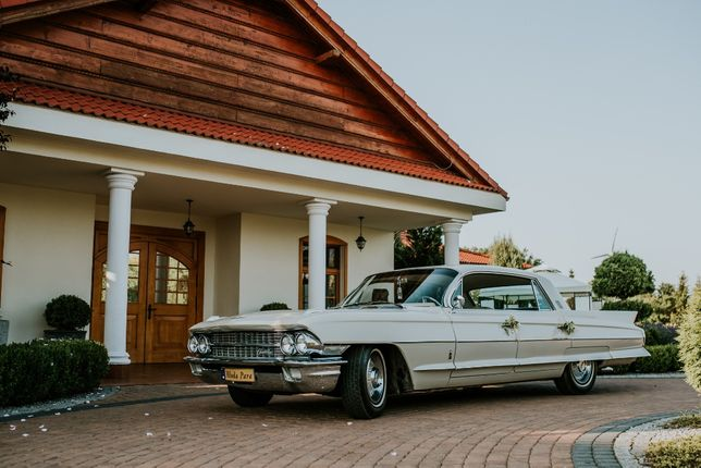 Samochód do ślubu - Cadillac DeVille De ville Fleetwood - Auto do ślub