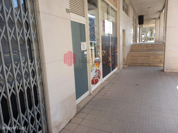 Trespasse Cafe/Bar em Ermesinde
