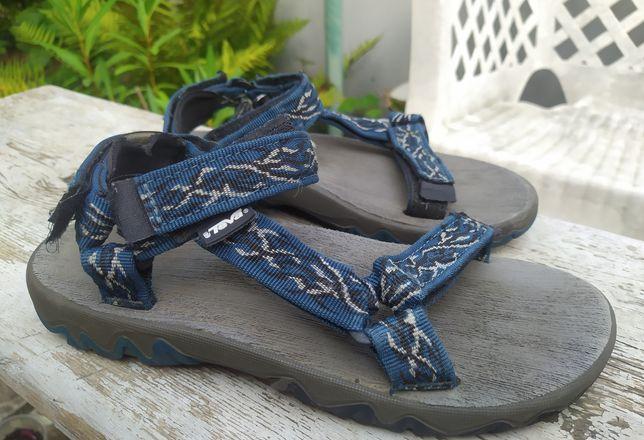 Босоножки, сандалии Teva 38