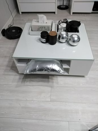 Stolik kawowy Tchibo