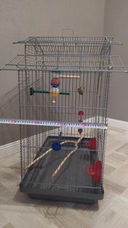 Продам велику клітку для попугая