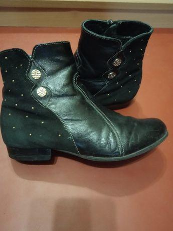 Кожаные осенние ботинки Каприз