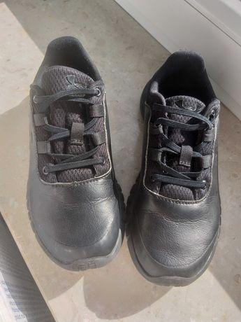 Adidasy półbuty UNDER ARMOUR rozm 33,5 czarne 21cm stan idealny